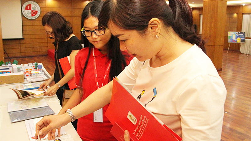 Open Day ngay 2.4-he thong truong tay uc 10