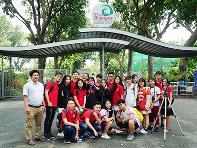 A trip to the Sai Gon Zoo and the view of Grade 11 WASSers