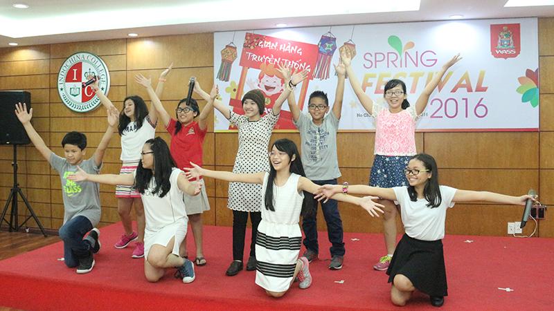 Spring Festival 2016 tai he thong truong quoc te Tay Uc 10