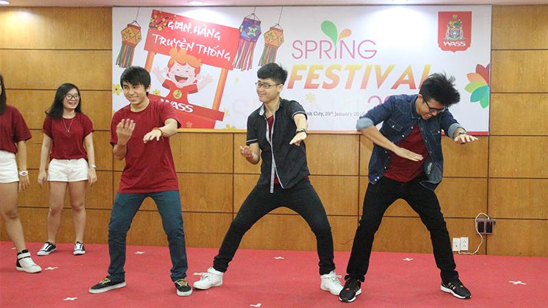 Spring Festival 2016 tai he thong truong quoc te Tay Uc 17