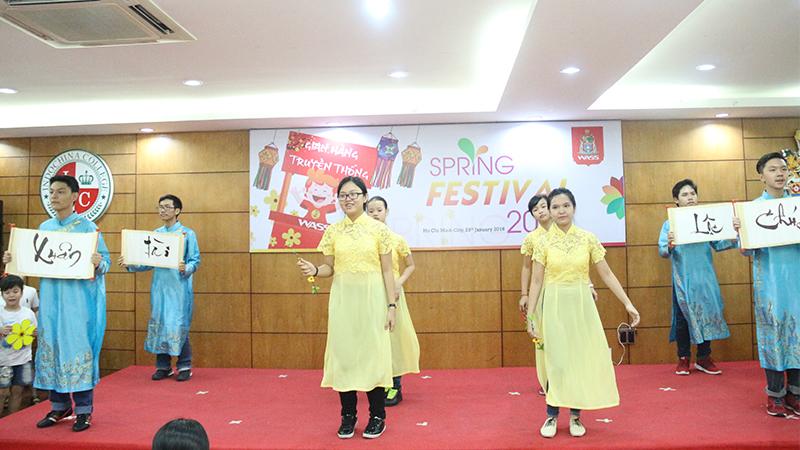 Spring Festival 2016 tai he thong truong quoc te Tay Uc 20
