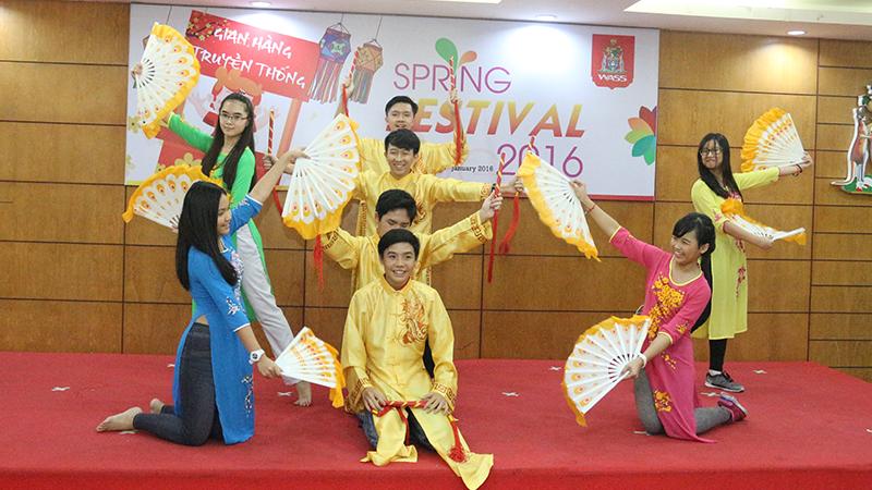 Spring Festival 2016 tai he thong truong quoc te Tay Uc 24