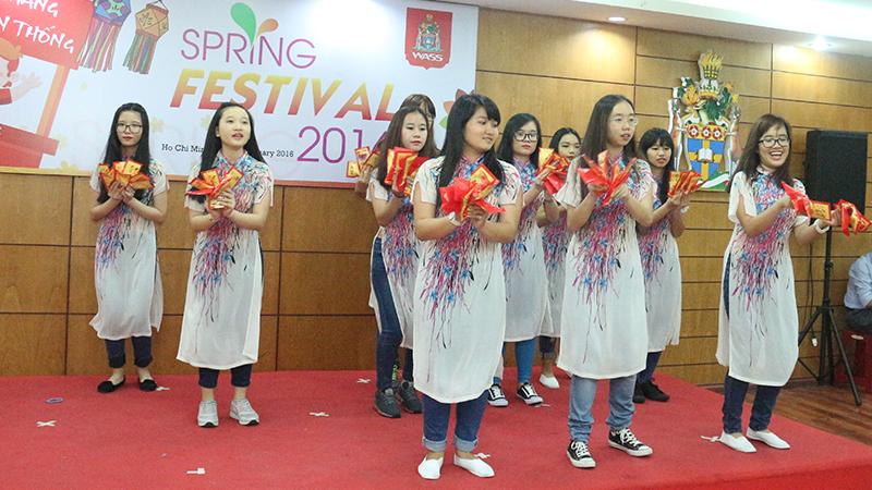 Spring Festival 2016 tai he thong truong quoc te Tay Uc 25
