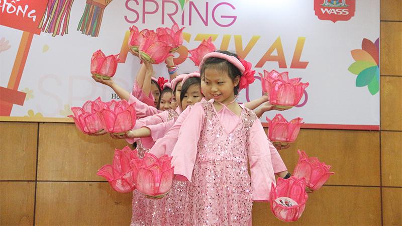Spring Festival 2016 tai he thong truong quoc te Tay Uc 4