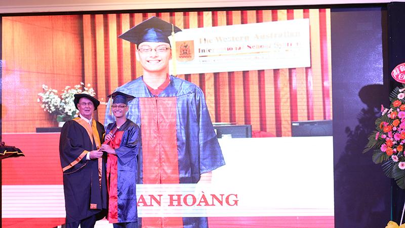 13- le tot nghiep nam hoc 2015-2016 he thong truong tay uc