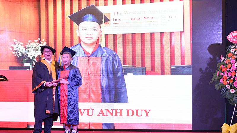 14- le tot nghiep nam hoc 2015-2016 he thong truong tay uc