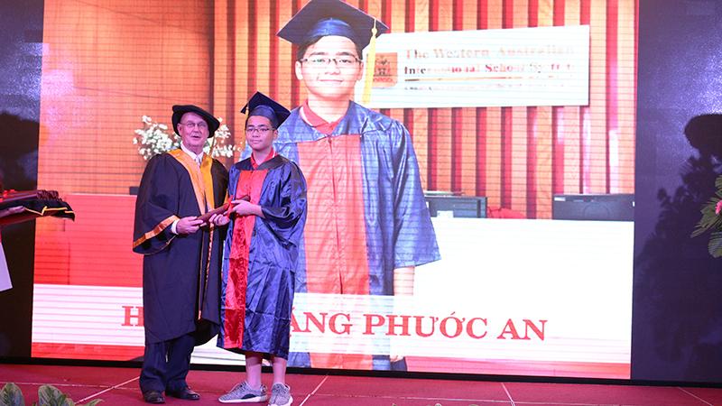 17- le tot nghiep nam hoc 2015-2016 he thong truong tay uc