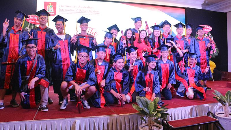 25- le tot nghiep nam hoc 2015-2016 he thong truong tay uc