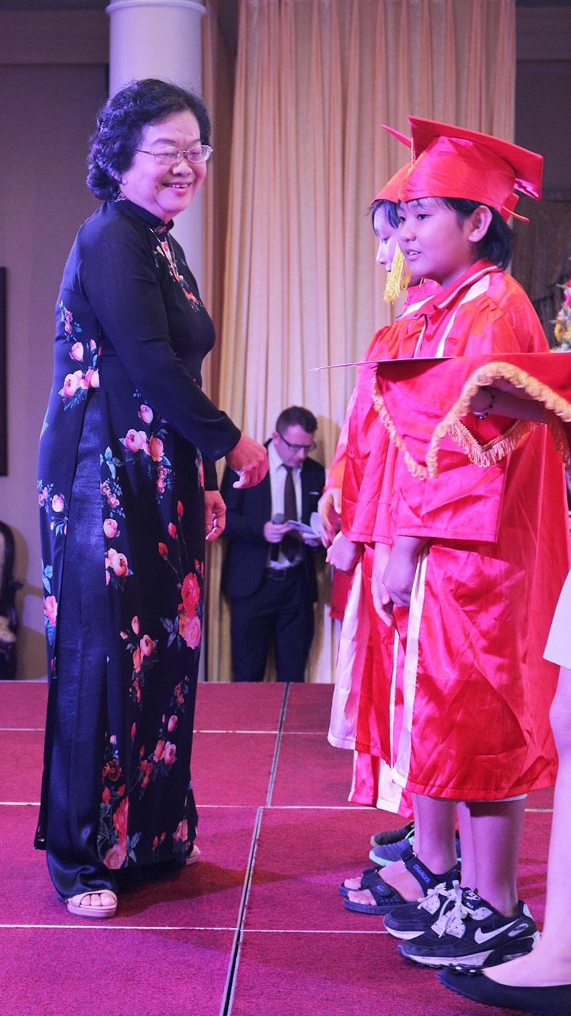 S2- le tot nghiep nam hoc 2015-2016 he thong truong tay uc