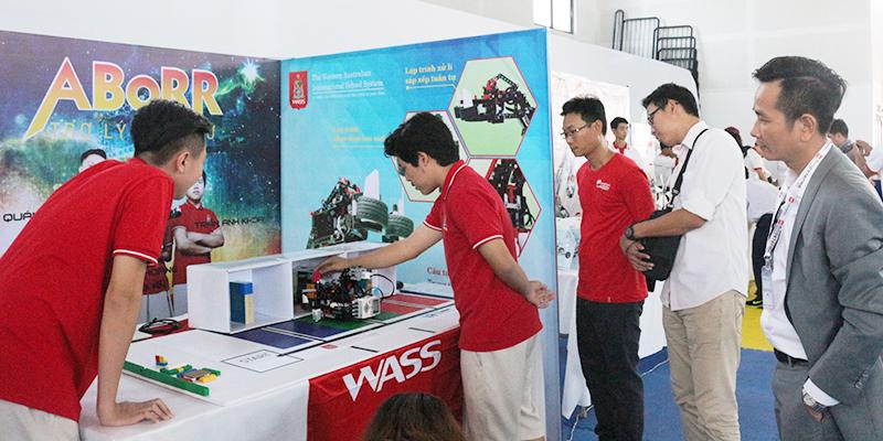 Hệ thống Trường quốc tế Tây Úc tại cuộc thi Robotacon 2016