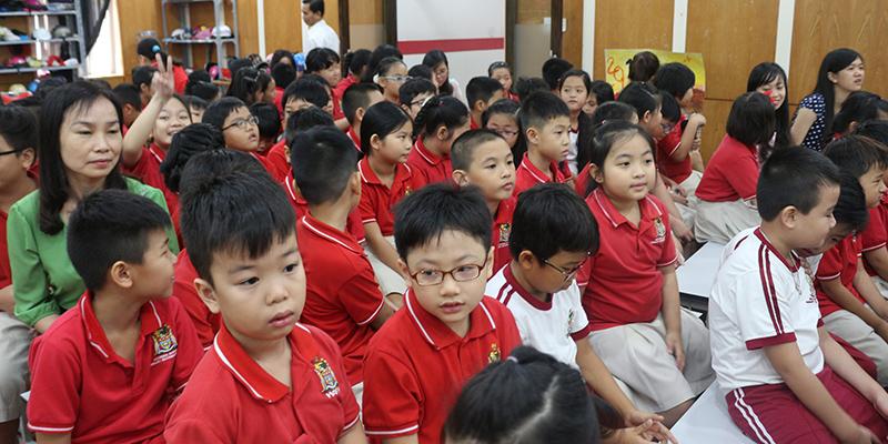 Cuoc thi bao tuong chao mung 2011 tai He thong Truong Quoc te Tay Uc 10