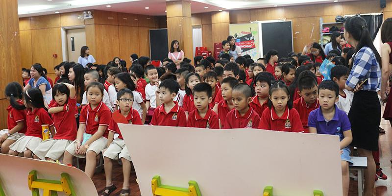 Cuoc thi bao tuong chao mung 2011 tai He thong Truong Quoc te Tay Uc 4