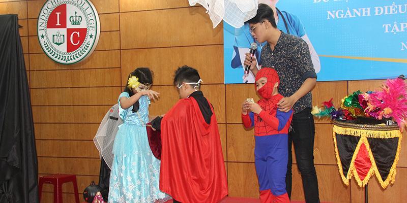 Halloween 2016 tai He Thong Truong Quoc te Tay Uc 1