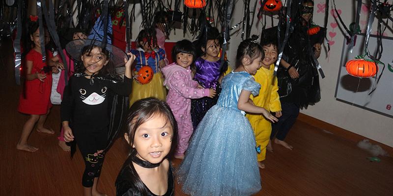 Halloween 2016 tai He Thong Truong Quoc te Tay Uc  6