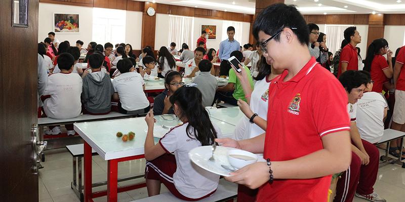 Hoat dong hoi dong hoc sinh tai wass (2)