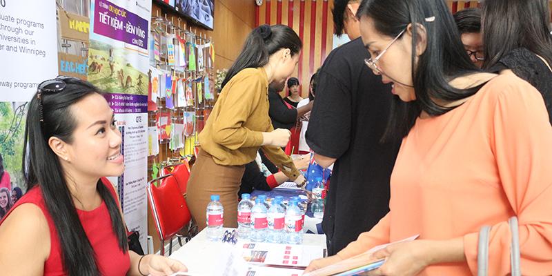 WASS Education Fair 2016 tai He thong Truong Quoc te Tay Uc 12