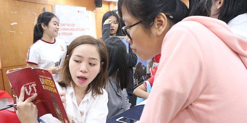 WASS Education Fair 2016 tai He thong Truong Quoc te Tay Uc 20