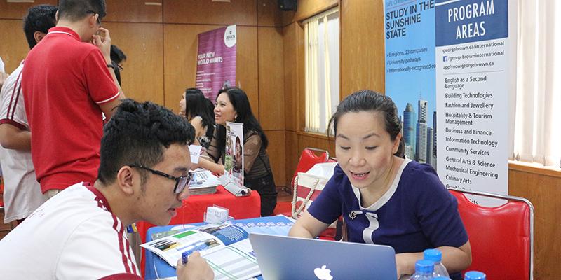 WASS Education Fair 2016 tai He thong Truong Quoc te Tay Uc 25