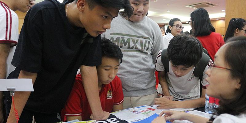 WASS Education Fair 2016 tai He thong Truong Quoc te Tay Uc 28