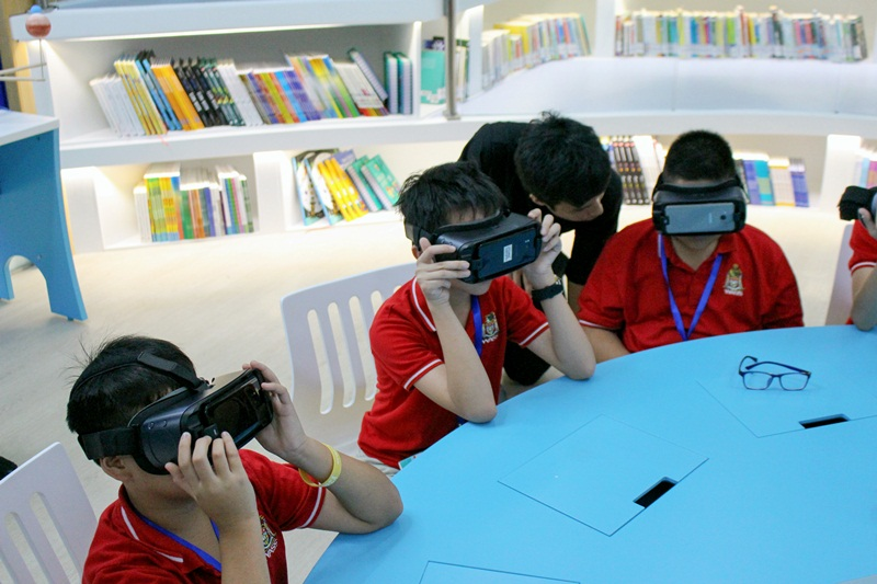 Virtual Reality - Comprehensive technology benefits students development