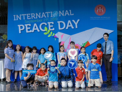 'Blue Shirts' filled the school in celebration of The 2019 International Day of Peace
