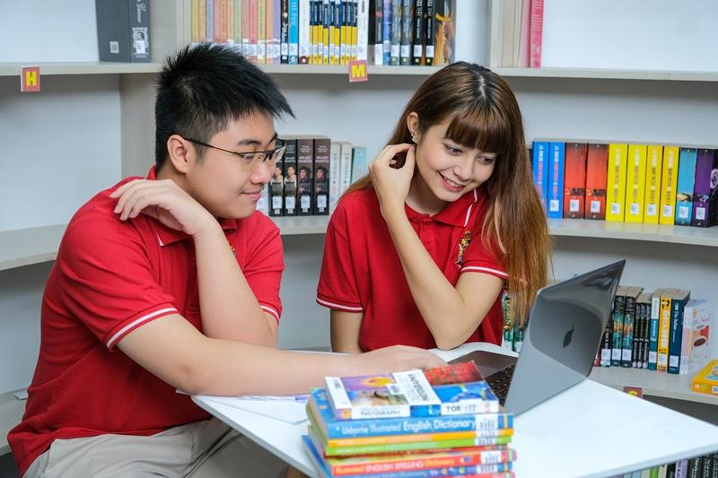 WACE - ADP - IBDP: Choosing the right path to university