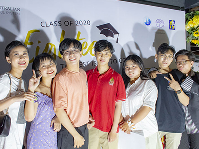 Emotional graduation party - Class of 2020